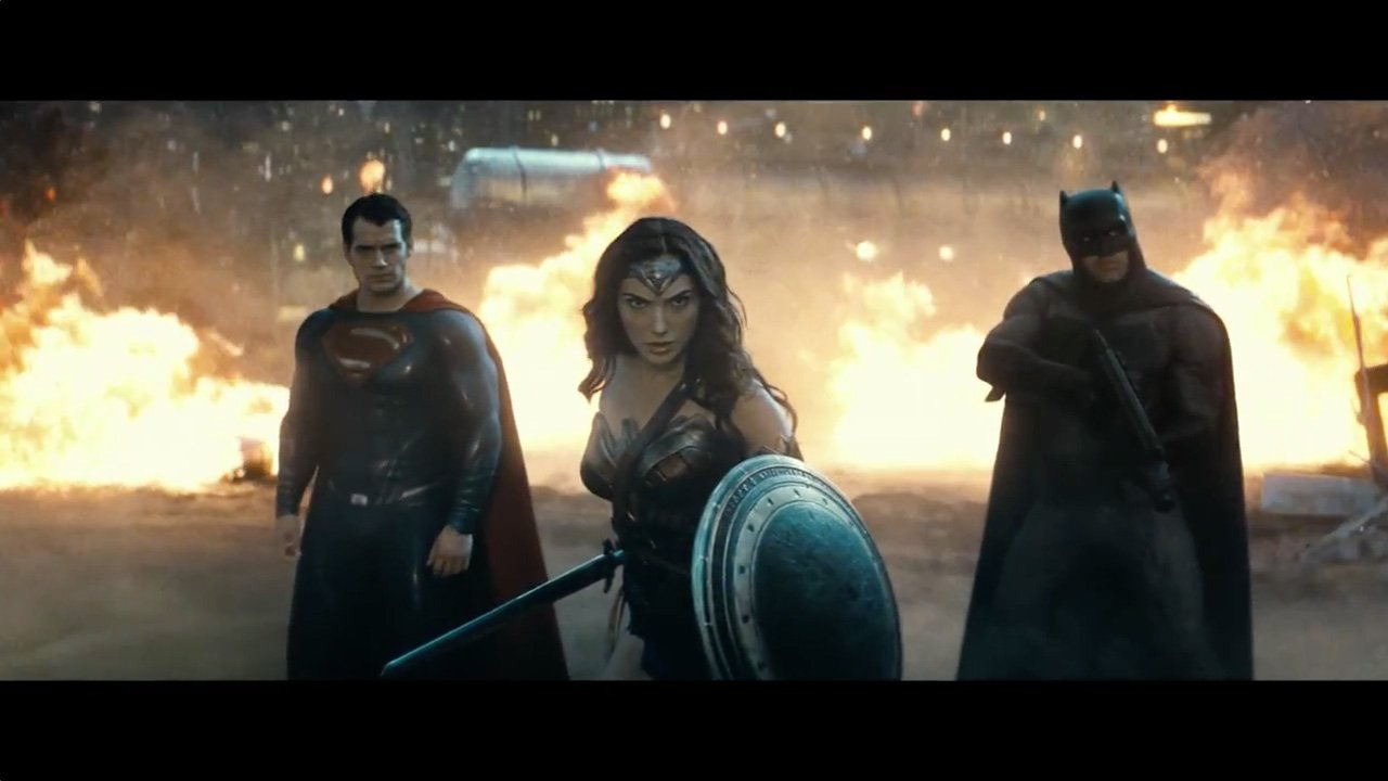 BatmanSuperman_trailer2