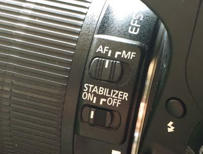 dslr manual focus switch